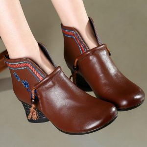Bohemian Chic Small Pompon Boots